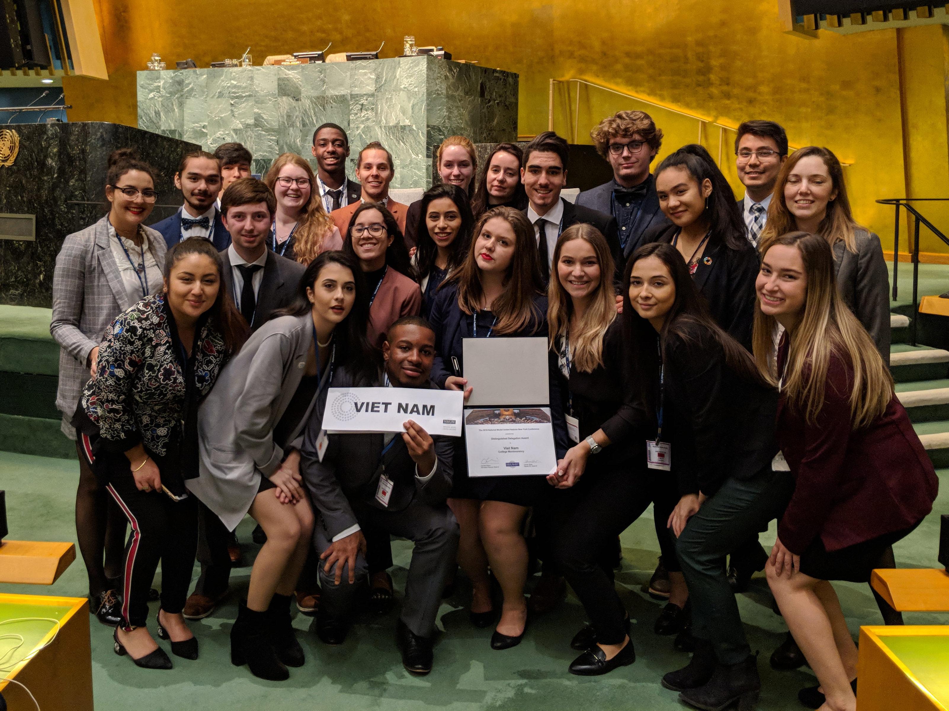 La délégation montmorencienne participant aux simulations de travaux de l'Organisation des Nations Unies (ONU) à New York a obtenu la mention Distinguished Delegation Award.