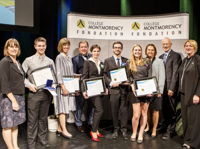 La Fondation du Collège Montmorency a rendu hommage à 62 diplômés lors du 28e Gala du mérite et de l'excellence. Les diplômés ont reçu des bourses totalisant 45 000 $ grâce à la générosité des nombreux partenaires financiers.