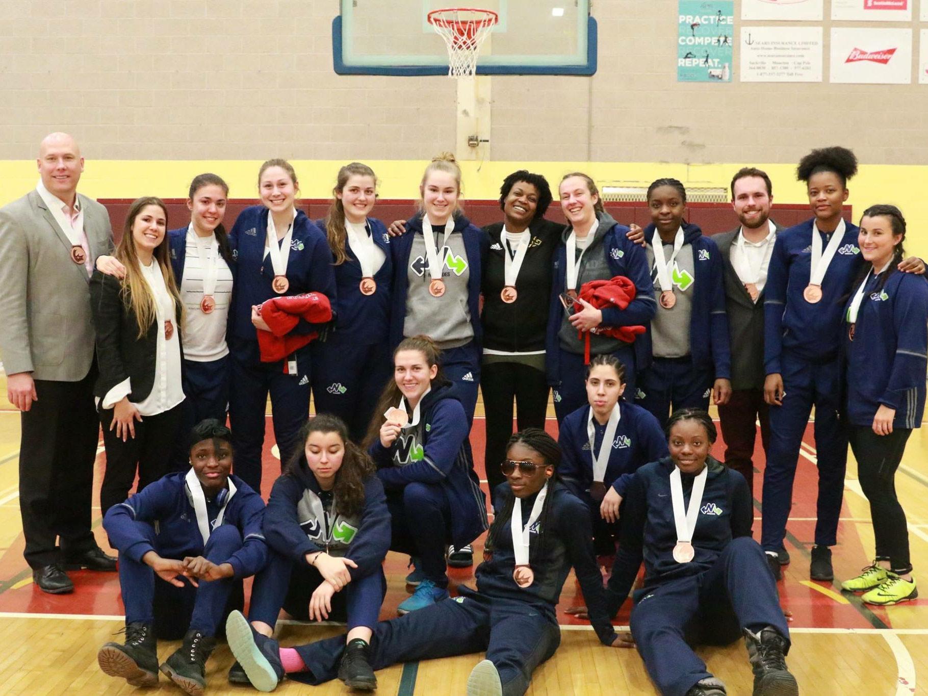 L'équipe féminine division 1 des Nomades a remporté la médaille de bronze au Championnat canadien qui a eu lieu au Nouveau-Brunswick.