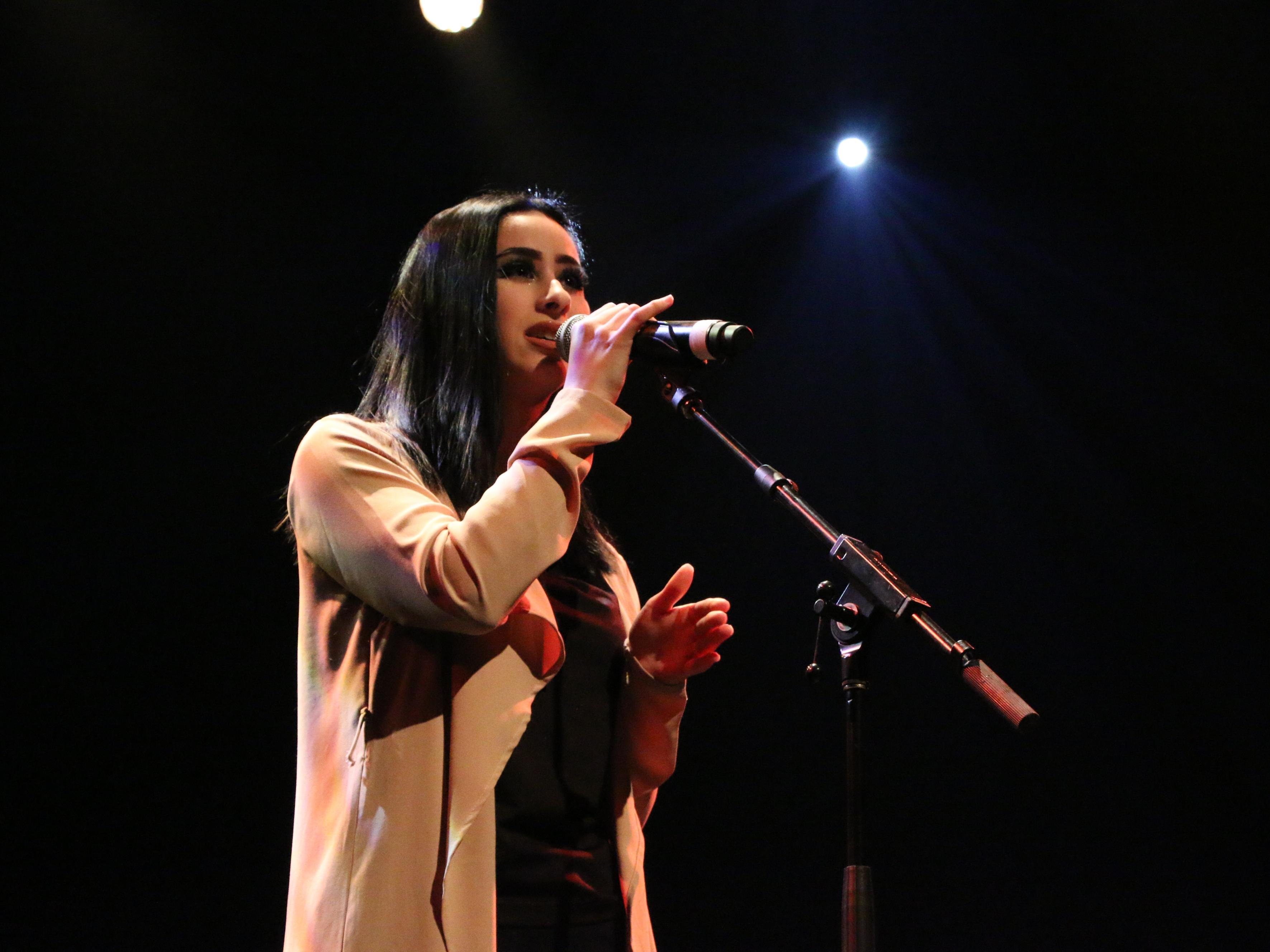 Shanie-Laurence Brouillette, étudiante en Arts, lettres et communication, profil Communication et médias, a remporté le Prix Festival international de la chanson de Granby de la finale nationale de Cégeps en spectacle.